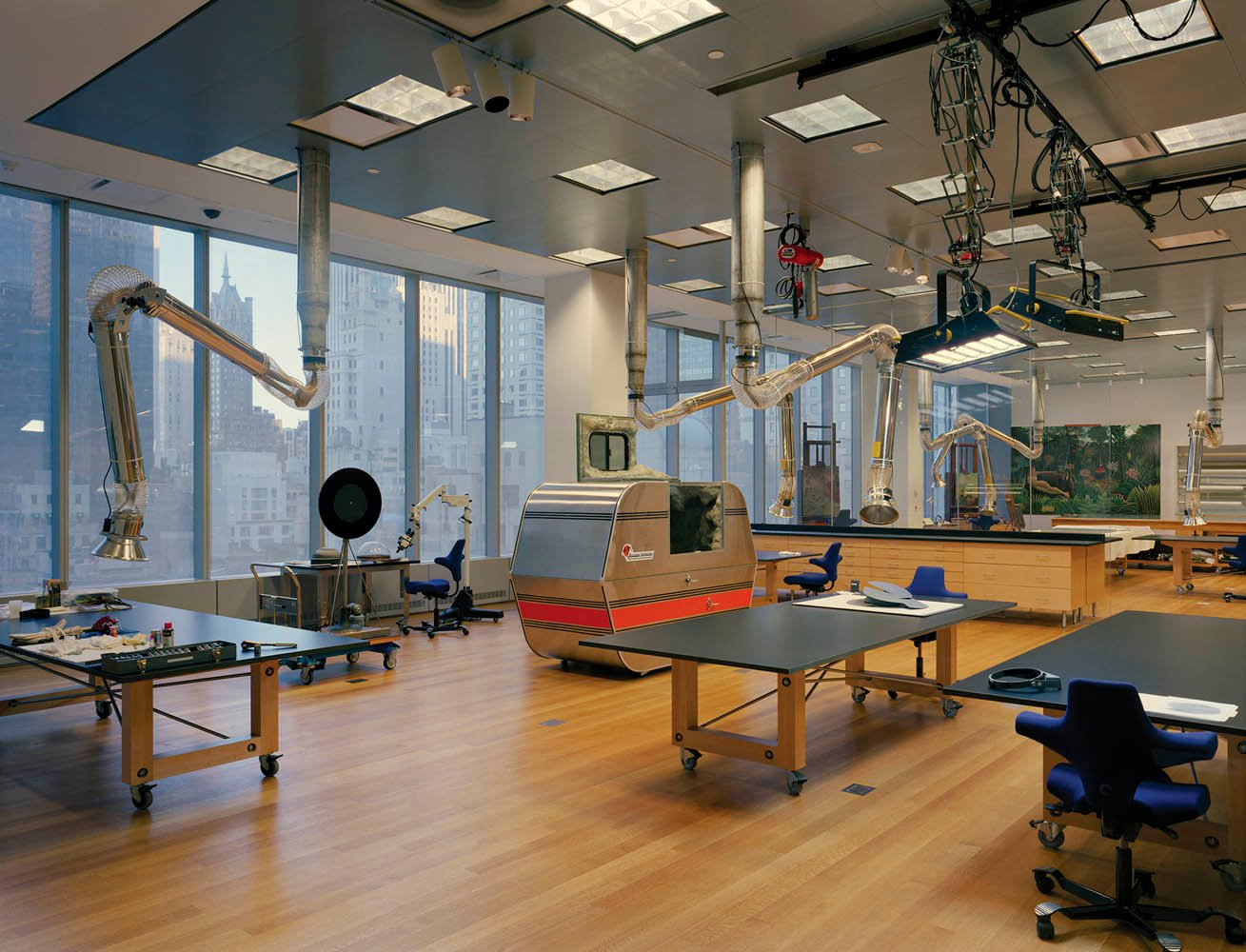02.Sculpture-Lab,-MoMA-Conservation-Labs