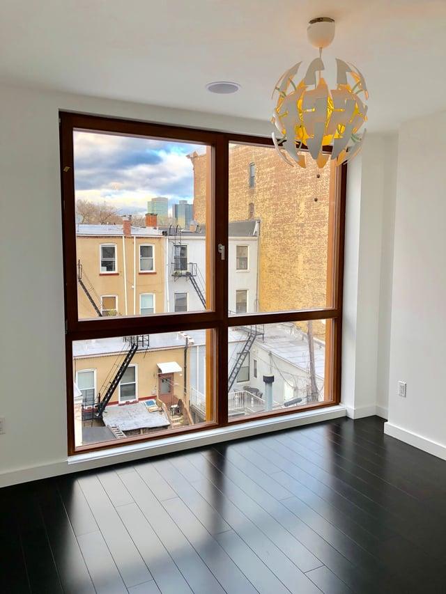Floor to Ceiling 4 Panel Casement