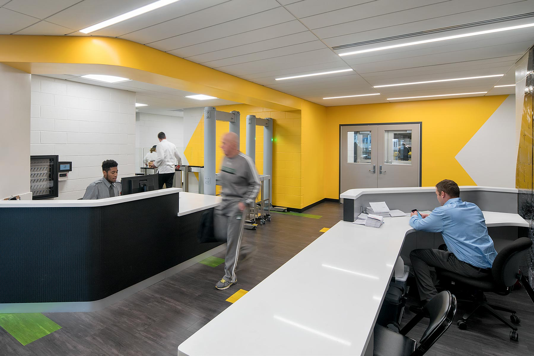 TD Garden - Tekstur Reception Desks